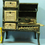 Kent Original Old Cast Iron Toy Cook Stove And Two Matching Pans T39