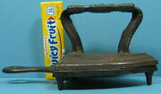 Authentic Old Iron And Matching Trivet Cast Iron, A Beautiful Pair T155