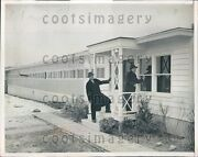 1945 Ny Senator James Mead Inspects Prefabricated Home For Workers Press Photo