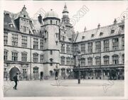 1940 Copenhagen Denmark View Of The Royal Palace With Danish Guards Press Photo