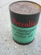 One Quart Vintage Petrolia Non Detergent Motor Oil Can Can Rennald St Louis Mo