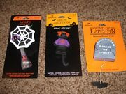 3-vintage Hallmark Halloween Pins Lot Spider Moveable Cat 1980and039s Mint Lapel Head