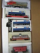 Ho Santa Fe And Union 76 F-3 A Loco And 3 Trailers, Tank Car And Sf Caboose 100sf76