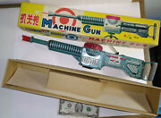 Old Rare Tin Toy Machine Gun Battery Light Action Noise China Me 602 Great Box