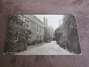 Early Gale And Poledon Postcard - Master Carpenters Court - Hampton Court