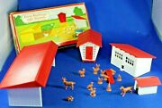O/s - Plasticville - 1617-100 Farm Buildings And Animals - 99 Complete