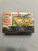 Vintage Airfix Oo And Ho Gauge Scale Model Presflo Cement Wagon Kit Series 1