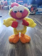 Chicken Dance Elmo 2001 Classic Fisher Price. Works. Excellent Condition. Rare.