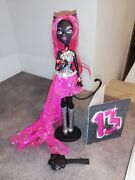 Monster High Catty Noir Doll 13 Wishes