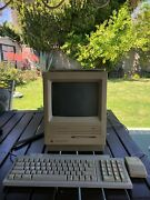 Apple Macintosh Se/30 M5119 1986 And Apple Keyboard Ii M0487 And Apple Mouse G5431