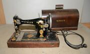 Fancy Singer Model 28 Sewing Machine Bentwood Case Collectible Seamstress Tool