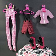 Monster High Newspaper Club School Clubs Draculaura Doll Fashion Pack Outfit