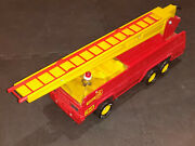 Vintage Tonka Firetruck 1970's Ladder Red Truck Great Condition 32202