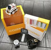 Cozmo + Vector + 1 Charger + 1 Cube + 4 Thread Pack + Create With Cozmo Free