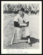 Mickey Mantle Autographed Signed 8x10 Photo Yankees Vintage Psa/dna Z00300