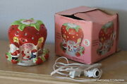 Strawberry Shortcake Lighted Ceramic House American Greetings Corp. 1980 In Box