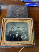 Sharp 1/6 Plate Tintype Of Union Soldier And Two Brothers Or Friends