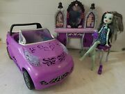 Monster High City Of Frights Convertible Car Frankie Stein Doll Vanity And Chair