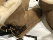 Womens Uggs Boots Size 7