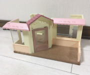 2006 Sylvanian Forest Fashionable Cake Shop Used House Only Epoch Used