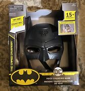 Dc Comics Batman Voice Changing Mask Over 15 Phases And Light Up Eyes New