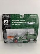 Ertl Oliver 88 West Mounted Picker And Wagon 1/64 Diecast Farm Equipment Replica