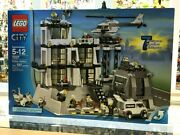 Lego City 7237 Police Station - 2006 - 597 Pieces - Misb