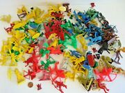 Vintage Lot Of 160 Pieces Plastic Toy Indian Action Figures + 3 Horses 12790