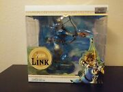 The Legend Of Zelda Breath Of The Wild Link 10 Pvc Statue {first 4 Figures}
