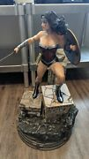 The New 52 Wonder Woman Statue Sideshow 47/200 Exclusive