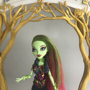 Monster High Venus Mcflytrap Doll First 1st Wave W/ Outfit Shoes