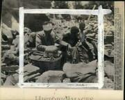 1943 Press Photo Wounded Algiers Natives Sit Amid Ruins, World War Ii, Africa