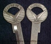 2 Nos Briggs And Stratton Key Blanks Ford And T-bird 52 - 58 No Groove On Back