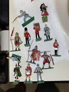 Blue Box Toy Diecast Soldiers Lot Of 13
