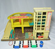 Vintage Fisher Price Little People Parking Garage 930 With 3 Cars And 1 Person