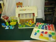 Vintage Fisher Price Little People Play Family School House Complete/loaded