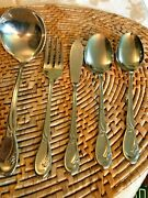 Oneida Deluxe Stainless Calla Lily Ladle Butter Knife Salad Fork And 2 Soup Spoons