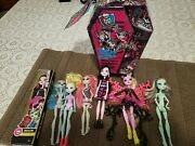 Monster High Doll Clothing Carrying Case With Lot Of 6 Dolls Used 1 New