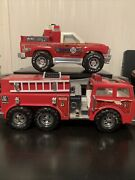 Vintage Fire Truck Lot Of 2 Nylint Rapid Response Vehicle Remco Rescue 8 Vehicle