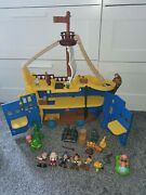 Disney Jake And The Neverland Pirates Mighty Colossus Rolling Ship W/ Figures