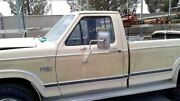 Driver Front Door Manual 2 Mounting Points Mirror Fits 80-86 Bronco 17361343