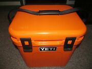 Yeti Roadie 24 Hard Cooler - King Crab Orange Limited Editionsold Out New