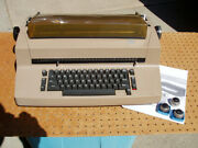 Ibm Selectric Ii Correcting Typewriter + Extra Heads Decent Condition + Issue