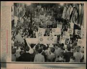 1968 Press Photo Attendees Of Democratic National Convention, Chicago, Illinois