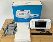 Nintendo Wii U Basic Set 8gb White Handheld System In Box Adult Owned Tested