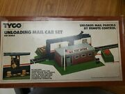 Ho Scale Tyco Unloading Mail Car Set, Set No. 920. New Old Stock