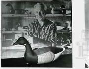 1987 Press Photo Brant Decoy Carved By Harry Shourds Oceanview New Jersey