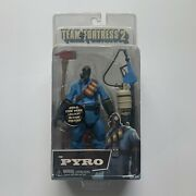Team Fortress 2 The Pyro Blue Action Figure Toy Neca Video Game 2012 Valve