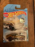 Hotwheels 2018 Super Treasure Hunt Tooned And03968 Mustang With Protecto
