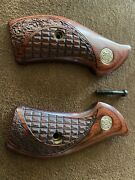 Gun Grips Smith And Wesson Altamont Co. Fits J-frame New